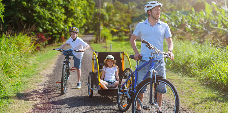 Så cyklar du med barnen